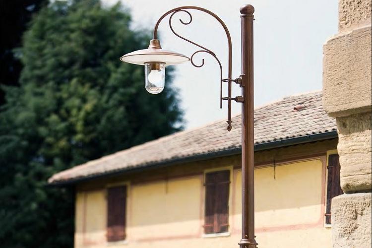 Tips Memilih Tiang Lampu Taman Indalux Enterprindo