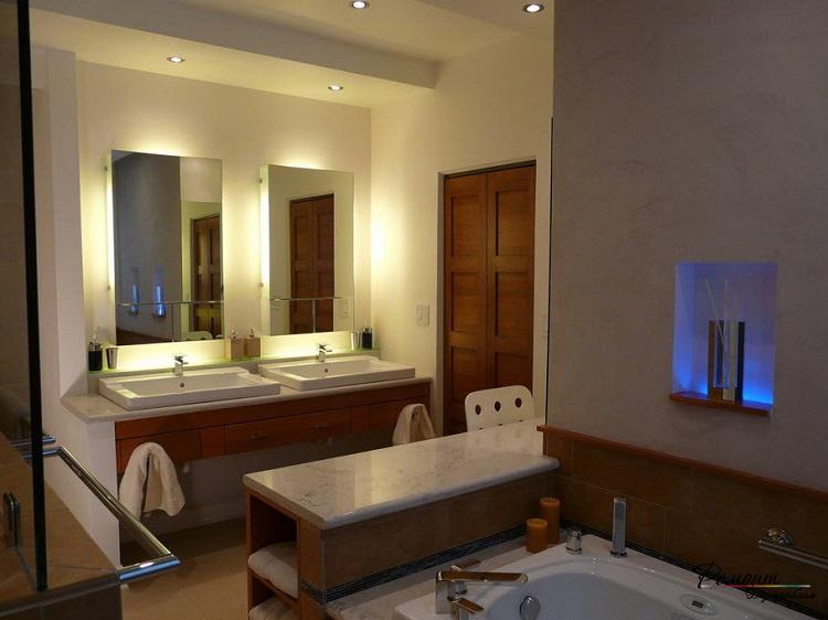 Hidden Light di kamar mandi